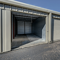 10 x 25 storage unit 250 sq feet or 2000 cubic feet